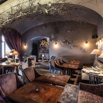 Restaurace a kavárny